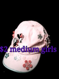 white and pink floral print cap Calgary, T3B 0T3