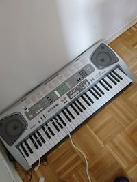 gray and white electronic keyboard Hamilton, L8T