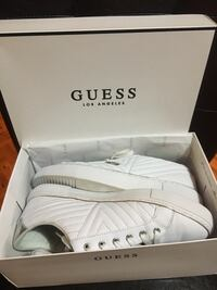 Guess White Like Used Size 8 Mississauga, L5R 3E5