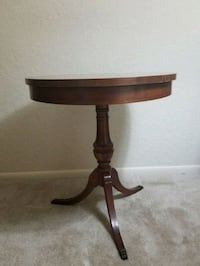 Mid Century Mersman Oak Round side Table Silver Spring, 20903