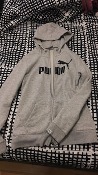 New Puma size Medium zip-up hoodie