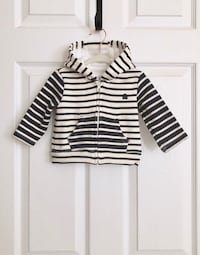 Baby gap boys zip up hoodie size 3-6 months Mississauga, L5M 6C6