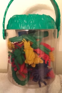 2002 toy Plastic insects
