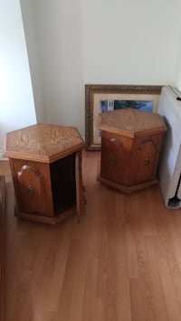 Antique oak coffee and end table Mississauga, L5M 6R6