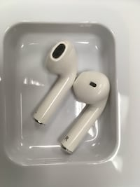 White earpods with case Silver Spring, 20904