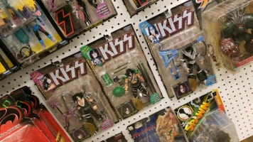Collectable kiss action figures complete  New