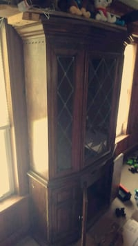 Glass China cabinet  Bunnell, 32110