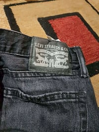 Almost brand new levis jeans for men  Toronto, M6M 1N9