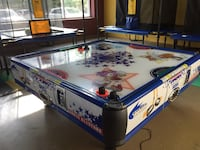 white and blue air hockey table Ashburn, 20147