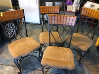 Solid oak table with four chairs Colorado Springs, 80922