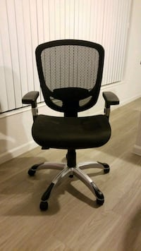 black rolling armchair office chair Fort Myers, 33912