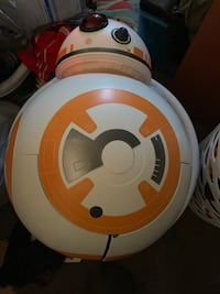 Star Wars bb8 open up to play and sounds  Davenport, 52802