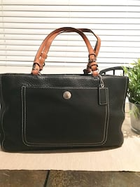 Coach Pebble Leather Bag...comes with dustbag, only used once...smoke free home...great deal!  San Diego, 92124