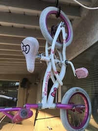 toddler's white and purple bicycle Palmdale, 93552