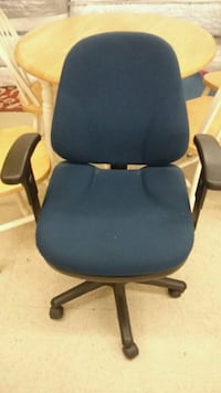 blue and black rolling armchair Fairfax, 22032