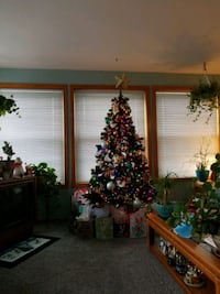 6 Ft Christmas Tree Artificial  Vancouver, 98685