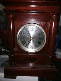 Table side Antique clock