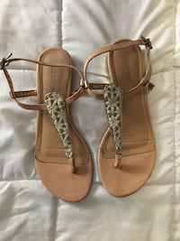women;'s pair of brown leather floral sandals 582 km