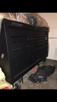 Black snap on tool box nv used in a shop CLEAN New York, 11215