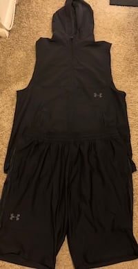 Under Armour Shorts & Matching Hoodie Laurel, 20708