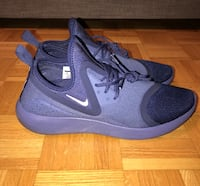 New Nike Lunarcharge Essential Size 12 Mississauga, L4Z 0A3