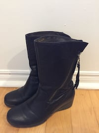 Ladies brown boots  Newmarket