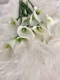 ARTIFICIAL WHITE FLOWERS - 10 FLEURS ARTIFICIELLES Laval, H7P 1Z7