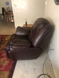 black leather sofa chair with ottoman New Braunfels, 78130