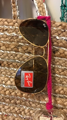 Brown & Gold Ray ban aviators 58mm/ case