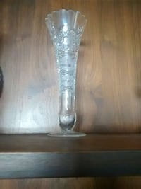 clear glass vase Belleville, K8N