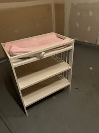 Changing Table with Pad Columbus, 43119