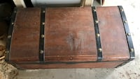 Antique wooden Trunk (not negotiable) Norwalk, 06851