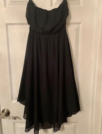 New with tags - gorgeous flowing dress Mississauga, L5B