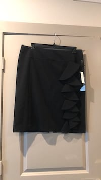 Black Skirt with ruffle detail Plano, 75093