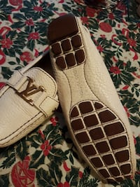 Louis vuitton cream loafers
