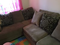 5pc Sectional Sofa Richmond Hill, L4C 8T4