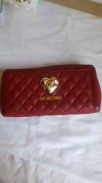 Moschino Love zip around full size, quilted leathe Toronto, M6G 3L6