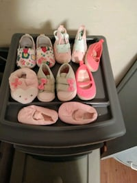 Infant shoes newborn and 3-6 months