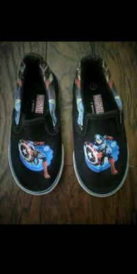 Boys Avengers Shoes Size 7 Bakersfield, 93311