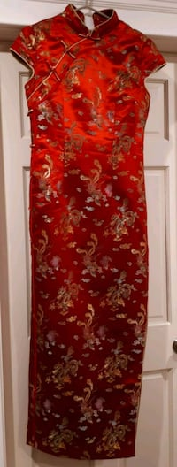 Traditional Chinese Dress Dragon Phoenix pattern Vancouver, V5N 1W2