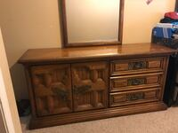 6 drawer with mirror and matching armoire  Manteca, 95337