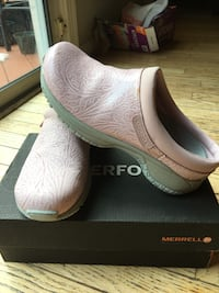 Women merrell  Greenbelt, 20770