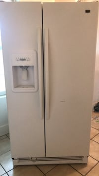 Fridge works great moving and don't need it must pick up Struthers, 44471