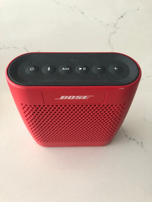 Bose soundlink color bluetooth speaker bc184f2b-77c8-47f5-bc1e-e1b5437cbaf8