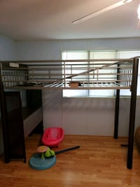 Rooms to go loft Bed with desk Homosassa, 34448