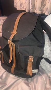 Herschel Backpack Windsor, N9G 2Z8