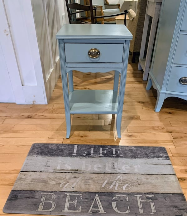 Nightstand : Vintage Blue Farmhouse Mahogany Nightstand 0