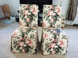 white and multicolored floral fabric sofa chair