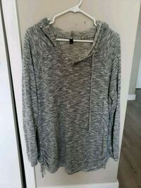 2xl ladies sweater Edmonton, T5K 2X2