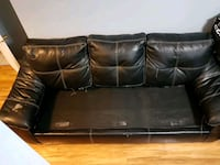 black leather 3-seat sofa Barrie, L4N 5Z7